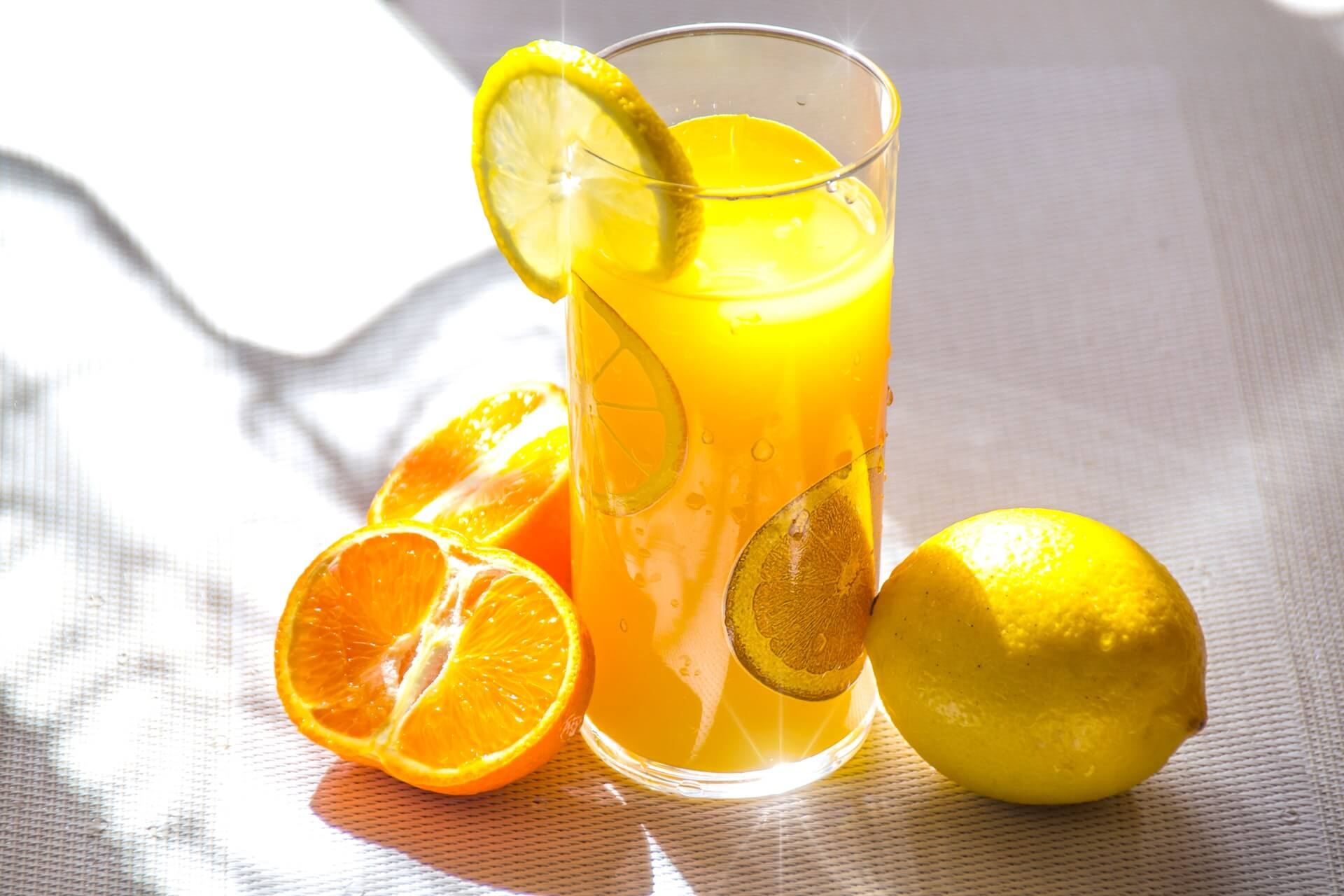 Jugos naturales: ¿Tan perjudiciales como las bebidas azucaradas?